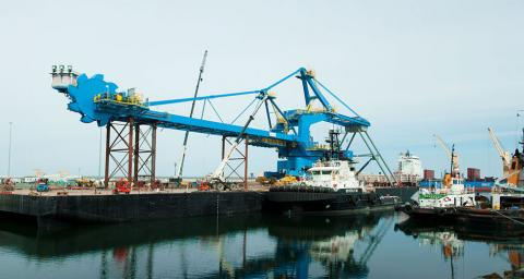 Image from Stacker Project Cargo Project - McKeil Marine