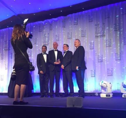 Steve Fletcher and Olous Boag (centre) accept IBJ 2016 Ship of the Year Award at IBJ Gala event.